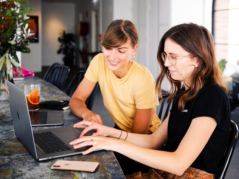 Start Online Business Easily